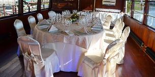 Gala večeře na Vltavě